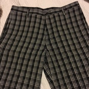 Dickies Flat-Front Black Patterned shorts men's 36